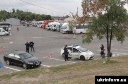 Місце, де зловмисник смертельно поранив двох патрульних поліцейських, Дніпро, 25 вересня 2016 року