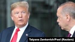 Presidenti amerikan, Donald Trump dhe homologu i tij turk, Recep Tayyip Erdogan.