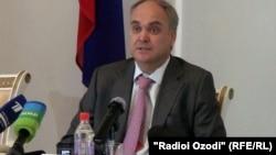 Анатолий Антонов, заместитель министра обороны России. Душанбе, 9 августа 2012 года.