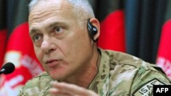 Генерал-лейтенант Жэймс Тэрри.