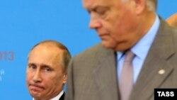 В.Путин и В.Якунин. Вместе ели глухаря.