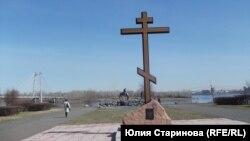Крест на месте будущего строительства собора в Красноярске