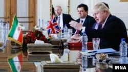 Борис Джонсон під час візиту до Ірану