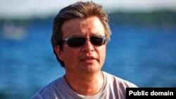 """Одна из фотографий разыскиваемого бывшего вице-президента компании «Казатомпром» Рустема Турсунбаева из его страницы на """"Фейсбуке""""."""