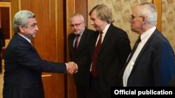 Armenia - President Serzh Sarkisian (L) meets with the U.S., Russian and French co-chairs of the OSCE Minsk Group in Yerevan, 9Apr2016.
