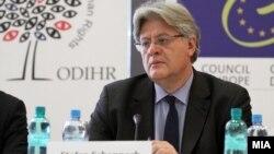 Стефан Шенах, шеф на делегацијата на ПАСЕ.