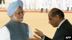 شیام ساران، نماینده هند در امور هسته ای از سوی مان موهان سینگ مامور مذاکره با کشورهای دارنده اورانیوم شده است.
