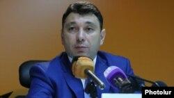 Пресс-секретарь РПА, вице-спикер Национального собрания Армении Эдуард Шармазанов (архив)