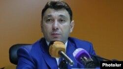 Пресс-секретарь РПА, зампредседателя Национального собрания Армении Эдуард Шармазанов
