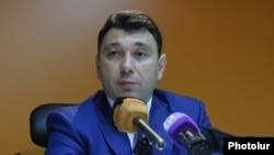 Пресс-секретарь РПА, вице-спикер НС Эдуард Шармазанов (архив)