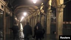 Венеција, плоштадот Свети Марко, 01.11.2012