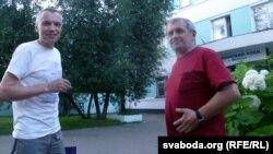 Мікалай Гладышаў і Ўладзімер Шанцаў ля пастарунку