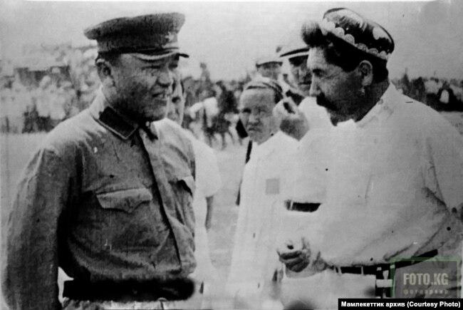 Жусуп Абдрахманов менен Абдыкадыр Орозбеков.1927-жыл