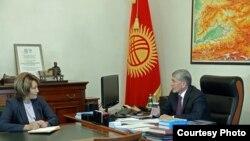 Алмазбек Атамбаев и Нурсулу Ахметова