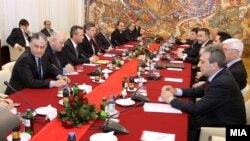 Лидерска средба кај претседателот Ѓорге Иванов,2011