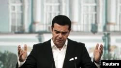 Алексис Ципрас Санкт-Петербургдагы форумда. 19-июнь, 2015-жыл.