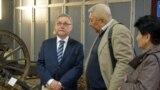 26 апреля посол Польши в Казахстане Селим Хазбиевич (на фото — слева) открыл в Центральном государственном музее Казахстана выставку «Армия Андерса — Путь Надежды».