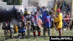 Урта гасыр сугыш уеннары фестивале (архив фотосы)