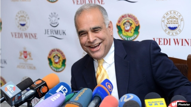 Raffi Hovannisian speaks with reporters in Yerevan on April 29.