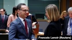 Министр иностранных дел Германии Хайко Маас и Федерика Могерини во время встречи глав внешнеполитических ведомств ЕС.
