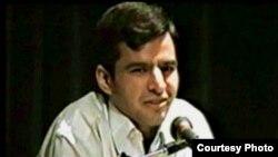 علی پیرحسینلو روزنامهنگار فعال در ستاد میرحسین موسوی