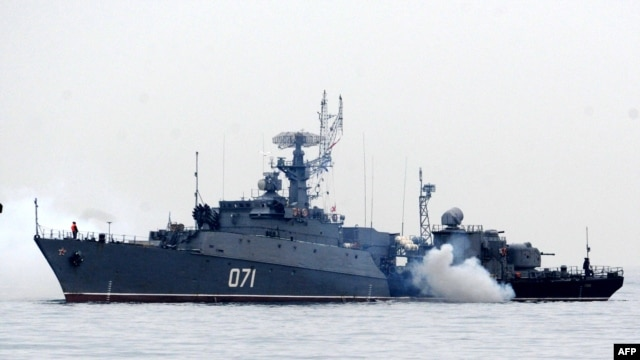 Ukraine -- Russian Navy ships are docked in the Sevastopol bay on March 4, 2014.