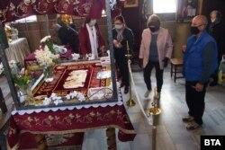Bulgaria: biserici deschise pentru slujba de Înviere, 18 aprilie 2020.