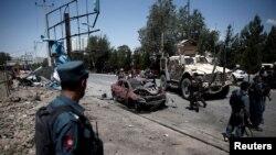 НАТО әскерилеріне жасалған шабуылдан кейінгі көрініс. Кабул, Ауғанстан, 30 маусым 2015 жыл.