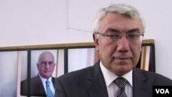 Siyasi icmalçı Eldar Namazov