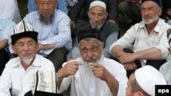 Оштогу кыргыз жана өзбек улутундагы тургундардын чогулушу.