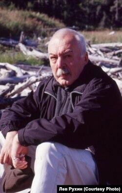 Андрей Битов. Сахалин. 2002 г.