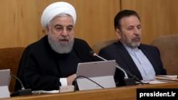 حسن روحانی گفته است با «شرایط فعلی» حکومت میتواند در حد «گذران زندگی و خوردن و آشامیدن» امور را ادامه دهد