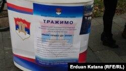 Potpisivanje peticije u Banja Luci