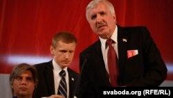 Ігар Лялькоў (зьлева), Аляксей Янукевіч (у цэнтры) і Рыгор Кастусёў