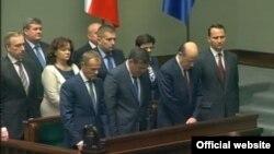 Польський уряд вшановує хвилиною мовчання жертви Волинської різанини, Варшава, 12 липня 2013 року