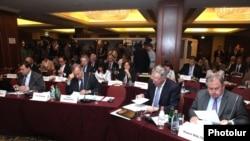 Заседении Постоянной комиссии ПАСЕ в Ереване, 31 мая 2013 г.