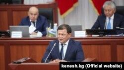 Қирғизистон парламентининг янги спикери Дастан Жумабеков.