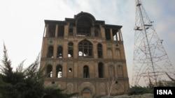 «عمارت کلاه فرنگی» فرح آباد به دستور مظفرالدين شاه قاجار با الگوی معماری ايرانی در چهار طبقه ساخته شده است
