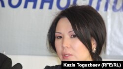 Оппозициялық саясаткер Владимир Козловтың әйелі Әия Тұрысбекова. Алматы, 28 қаңтар 2015 жыл.