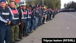 Oşuň merkezine toplanan polisiýa ofiserleri