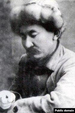 Ишеналы Арабаев (Эшенаалы Арабай уулу; 1882-1933).