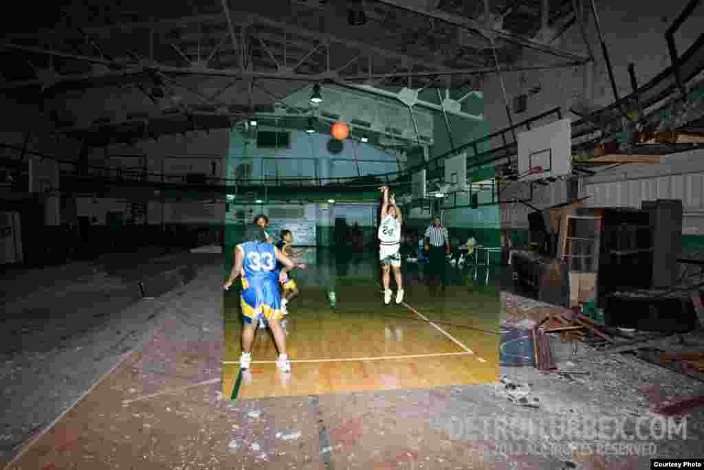 Спортивный зал, где в 1988 году играли в баскетбол. Фото: Detroiturbex.com