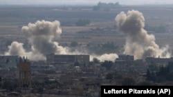 Bombardimet e Turqisë në Rasa al-Ayn, Siri.