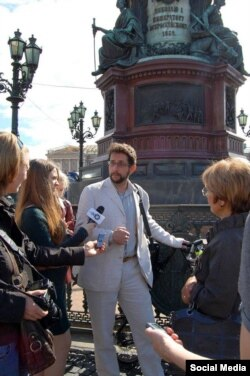 Александр Карпов в городской среде