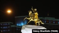 Город Ашхабад ночью (иллюстративное фото)