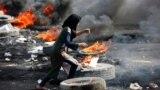 یکی از معترضان عراقی در دومین روز از اعتراضات