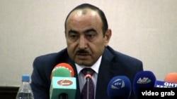 Əli Həsənov (Arxiv foto)