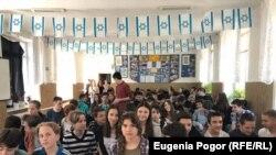 Liceenii din şcolile evreieşti au fost interesaţi de program