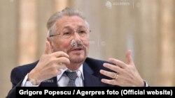 Fostul președinte Emil Constantinescu