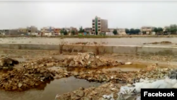 A site in the southern Iranian city of Ahvaz that is believed to be a mass grave of victims killed in extrajudicial executions in 1988. (file photo)